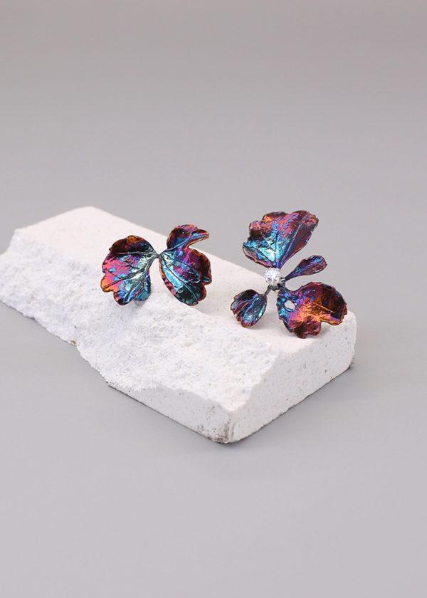 芹葉福祿桐-硫化銀鑽石耳環-1.