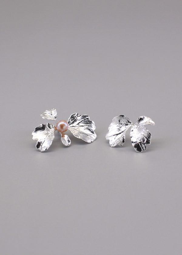 芹葉福祿桐-純銀珍珠耳環-2