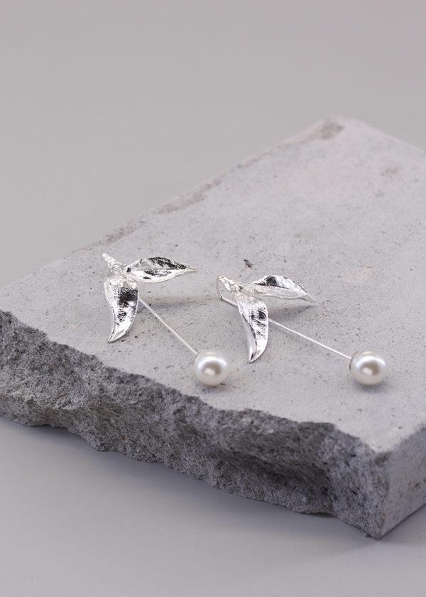 茶葉 純銀珍珠長針耳環-3